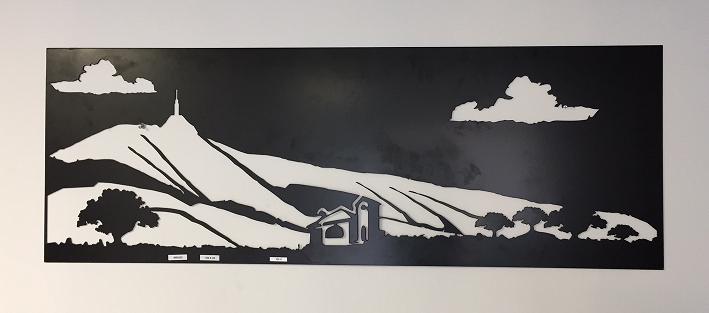 tableau mural decoratif en fer representant le mont. Black Bedroom Furniture Sets. Home Design Ideas